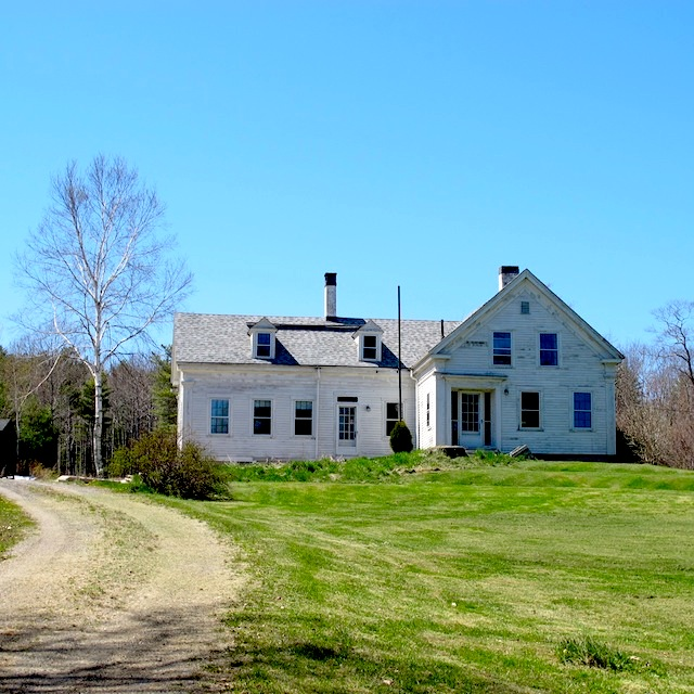 White Farmhouse - Maine