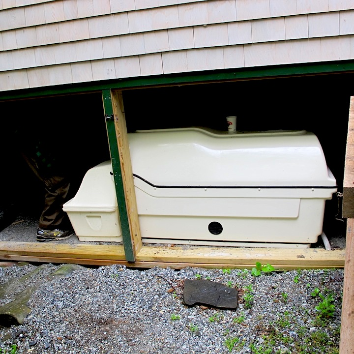 Composting Tank for toilet Maine